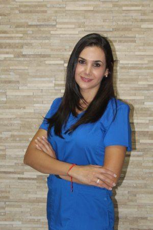 Dra. Montserrat -Odontología Estética-