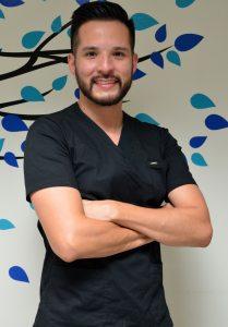 Dr. Julián -Odontología General-